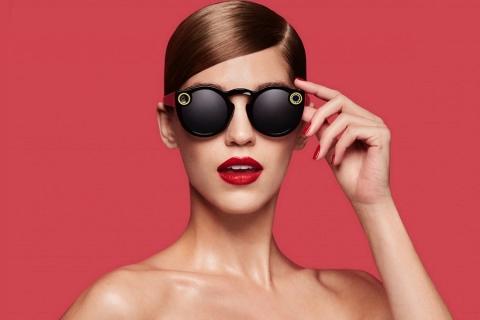Spectacles, gli occhiali griffati Snapchat