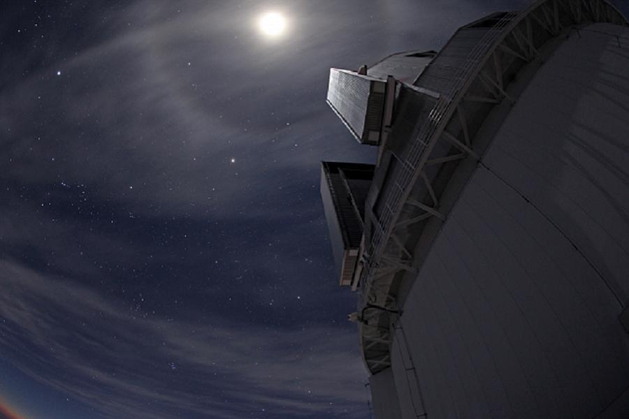 myfacemood-il-telescopio-subaru-situato-in-cima-a-mauna-kea-lavora-in-combinazione-con-charis