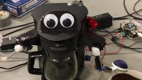 Alexa, la caffettiera parlante