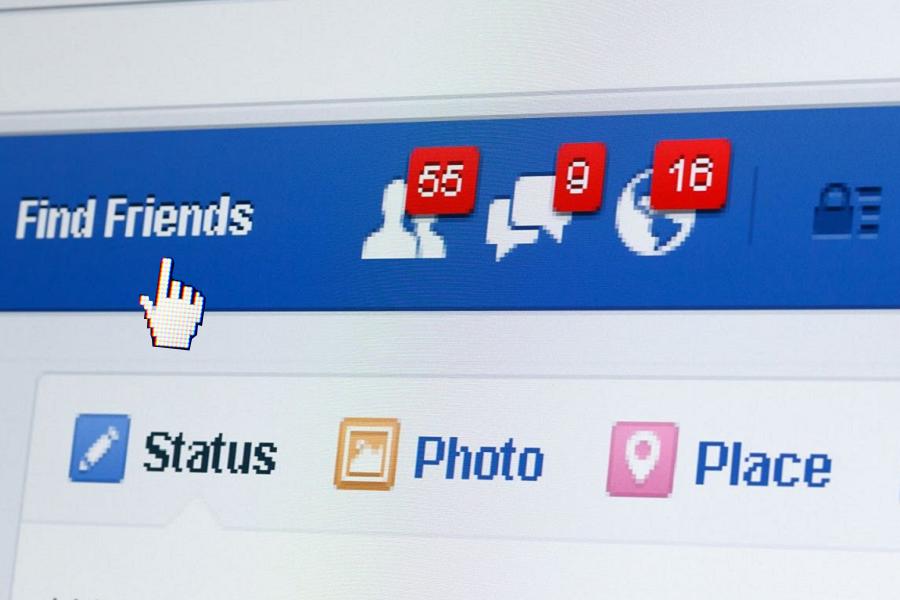 Facebook in arrivo la Chat di gruppo anche da Pc