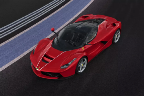 LaFerrari diventa l'auto più costosa al mondo di questo secolo!