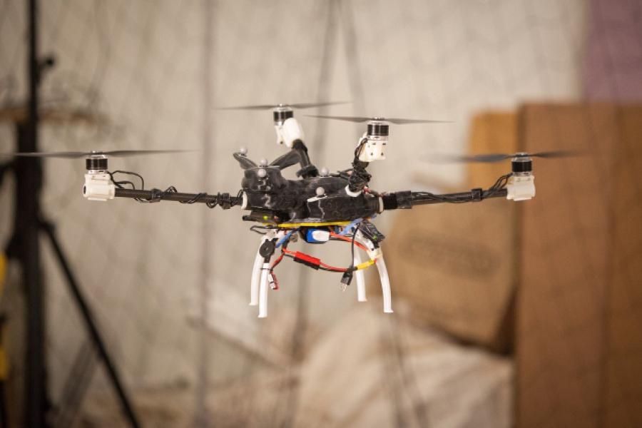 Myfacemood - Progetta il tuo Drone da sogno con il MIT