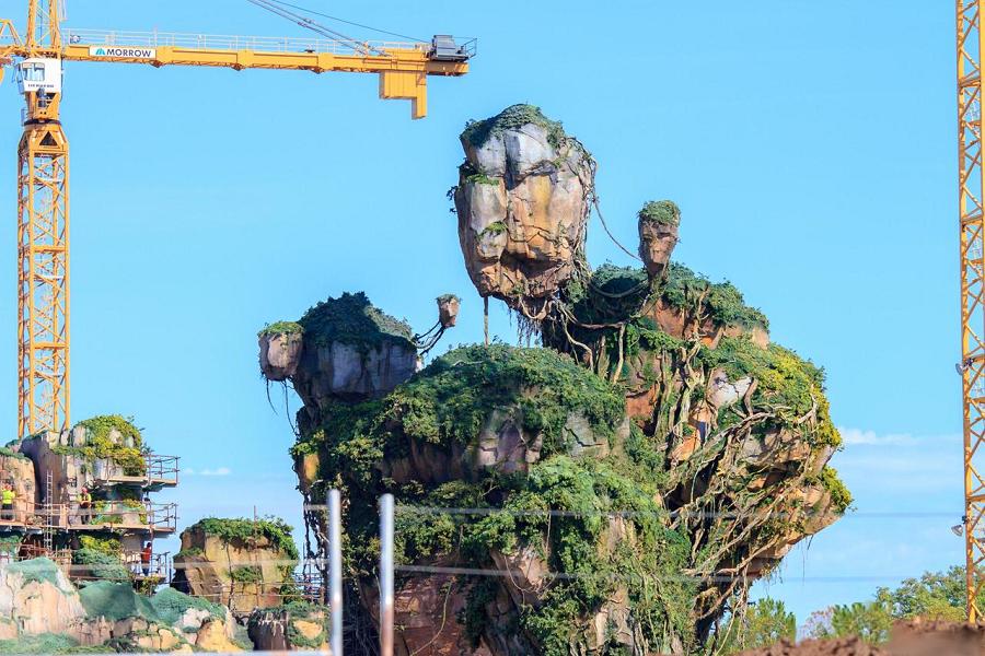 Roccia Sospesa nel vuoto a Pandora