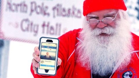 Facebook blocca l'account di Babbo Natale!
