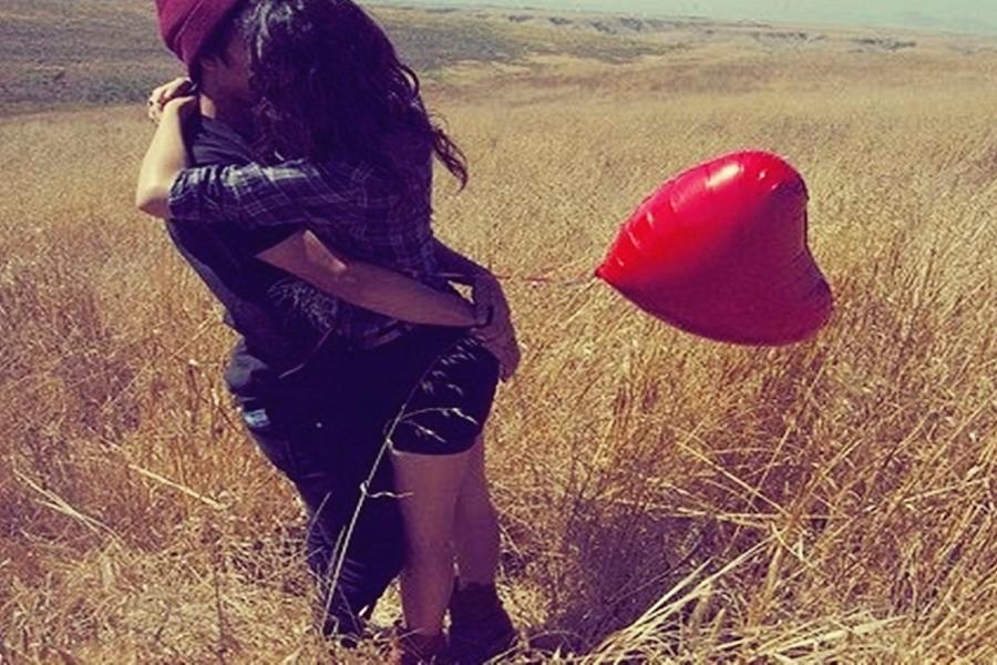 Myfacemood - La follia dei giovani amori raccolta in uno spot in Argentina