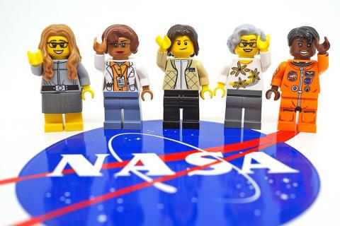 Lego presto produrrà cinque nuovi personaggi spaziali!