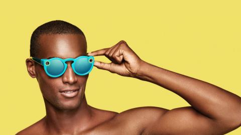 Con gli Snapbots, gli Spectacles finalmente sono arrivati in Italia!