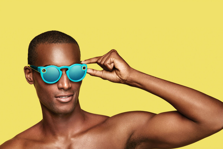 Myfacemood - Con gli Snapbots, gli Spectacles finalmente sono arrivati in Italia!
